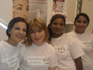 Gesucht: Kosmetik Fachlehrerin bei Swiss Beauty Academy in Zürich