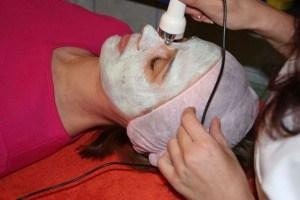 Hautreinigung bei der Kosmetikerin