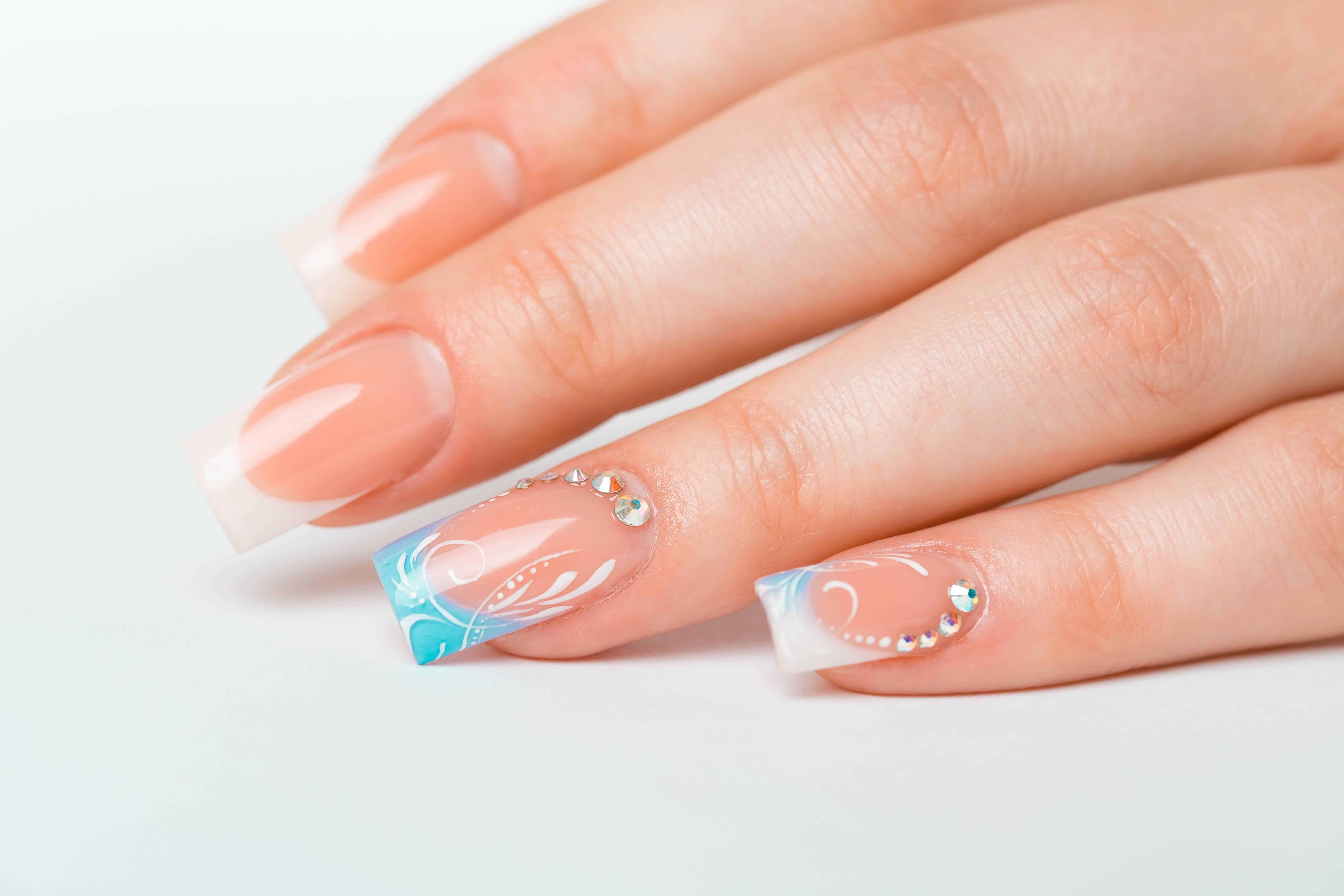School of Nails in English in Zurich - Switzerland