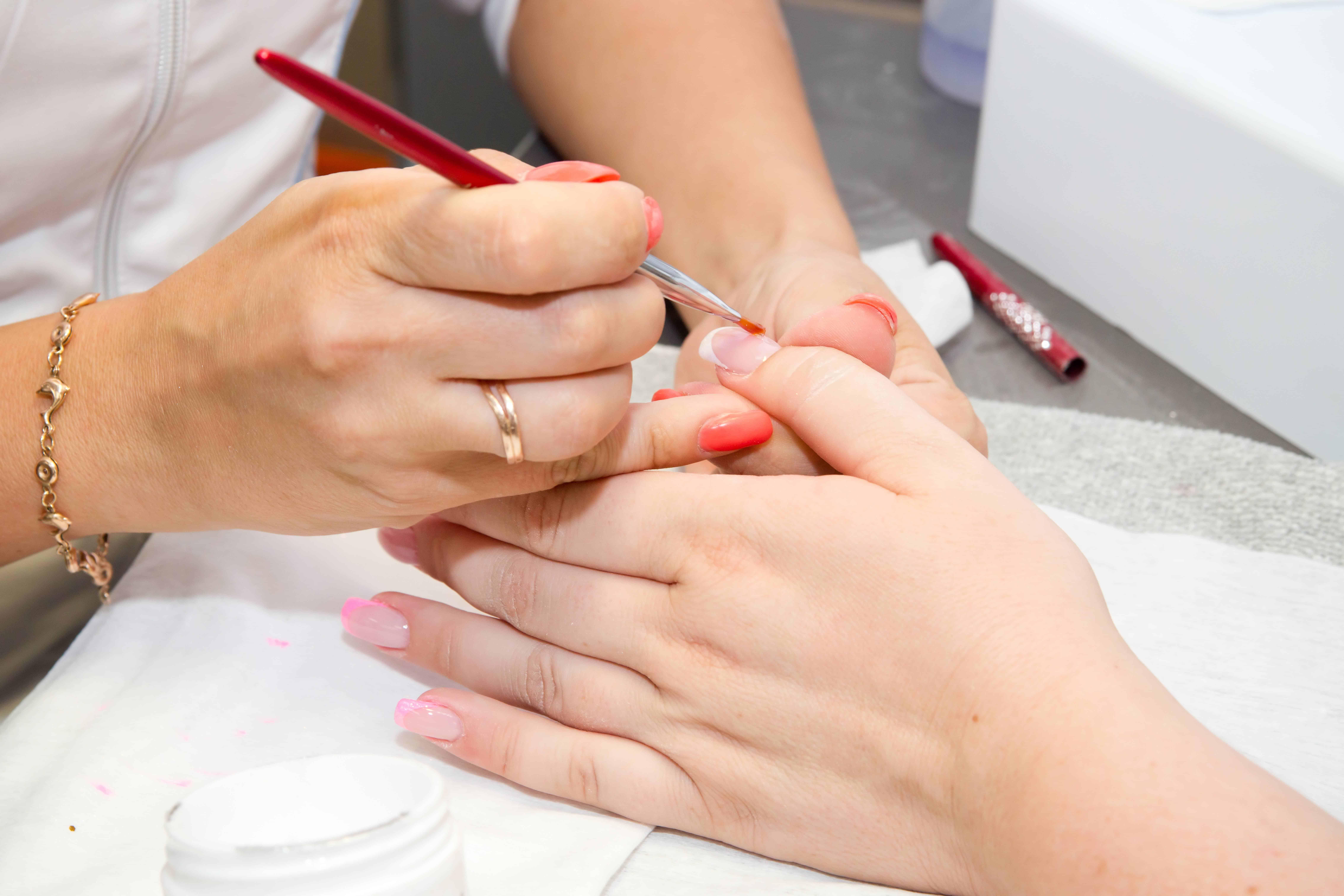 School Of Nails In English In Zurich Switzerland