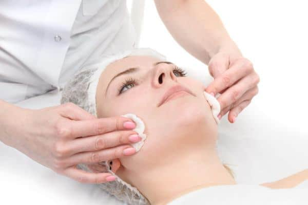 Cosmetic Course in English in Zurich, Switzerland - Professional School