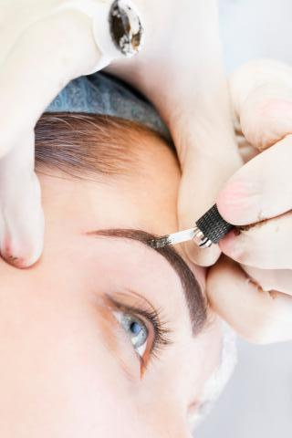 Microblading lernen in der Praxis