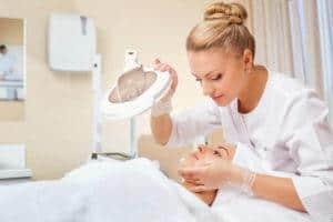 Die Inhalte der Ausbildung zur Kosmetikerin